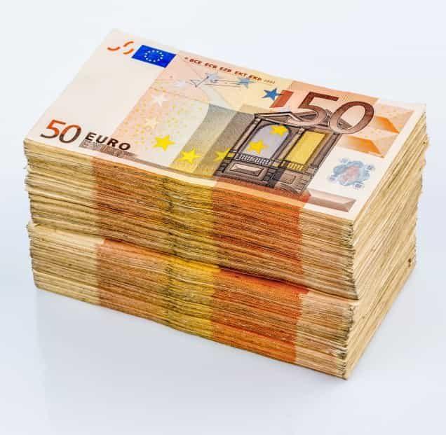 Stapel 50-Euro-Scheine