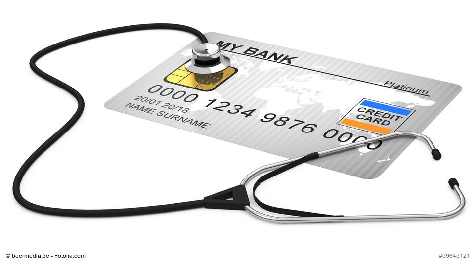 Kreditkarte mit Stetoskop