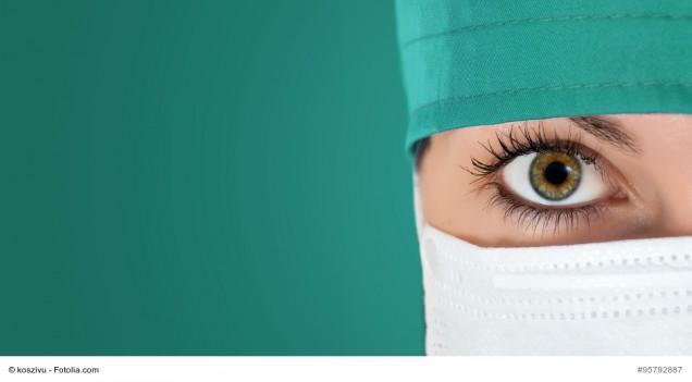 OP-Schwester oder Ärztin im OP