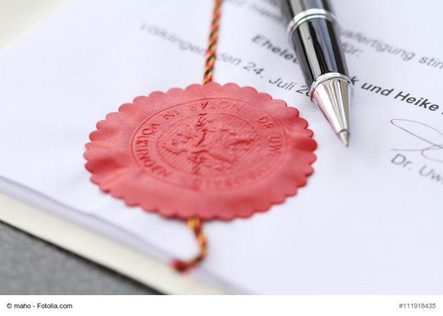 Testament mit Unterschriften und Siegel