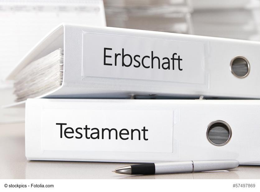 Ordner mit Unterlagen zu Erbschaft und Testament