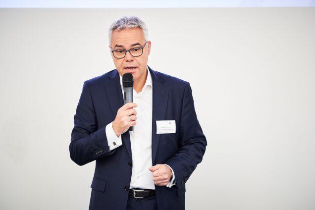 Ulrich Sommer bei der Begrüßung der Teilnehmer zum 1. Experten-Zirkel für digitale Gesundheits-Investments. Foto: apoAsset