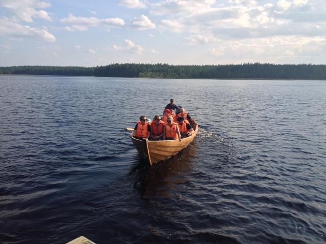 Bootsausflug auf See in Finnland