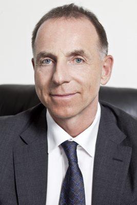 """Dr. Dr. Rainer Zitelmann: """"Fachwissen ist wichtig, aber für den finanziellen Erfolg ist sehr viel wichtiger, dass man sich selbst gut verkaufen kann."""" Photo: Dr. Zitelmann"""