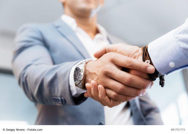 Handschlag von 2 Männern