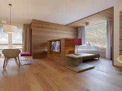 Suite im alpina zillertal Familienhotel