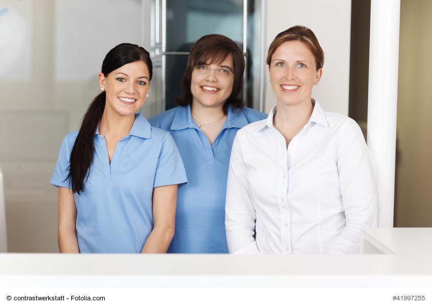 MFA-Team in der Zahnarztpraxis