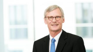 Dr Thomas Kreidel