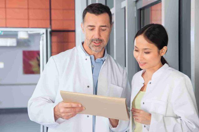 Arzt und Ärztin