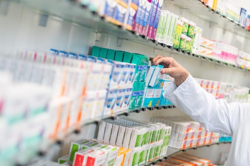 Medikamente in einer Apotheke