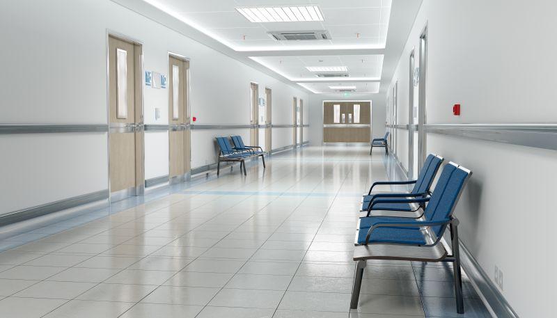 Flur in einem Krankenhaus