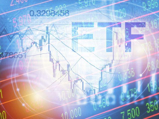Schriftzug ETF auf einem Bild mit Aktienkurs