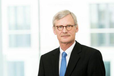 Dr. Thomas Kriedel