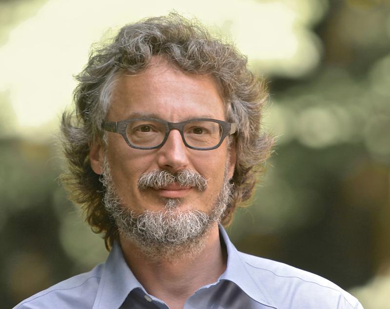 Professor Tobias Hartmann