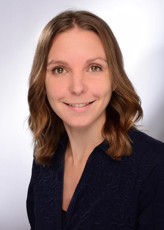 Doktorandin und Studienleiterin Lara Kröncke