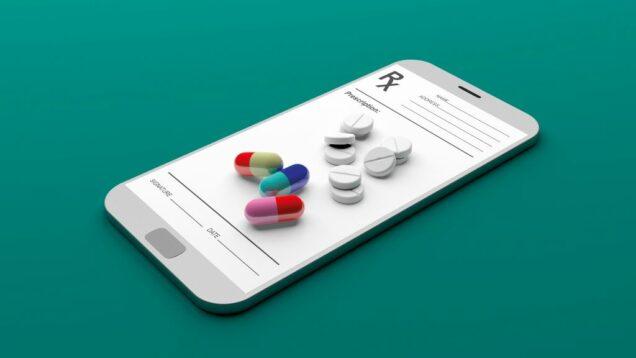 Medikamente auf Smartphone