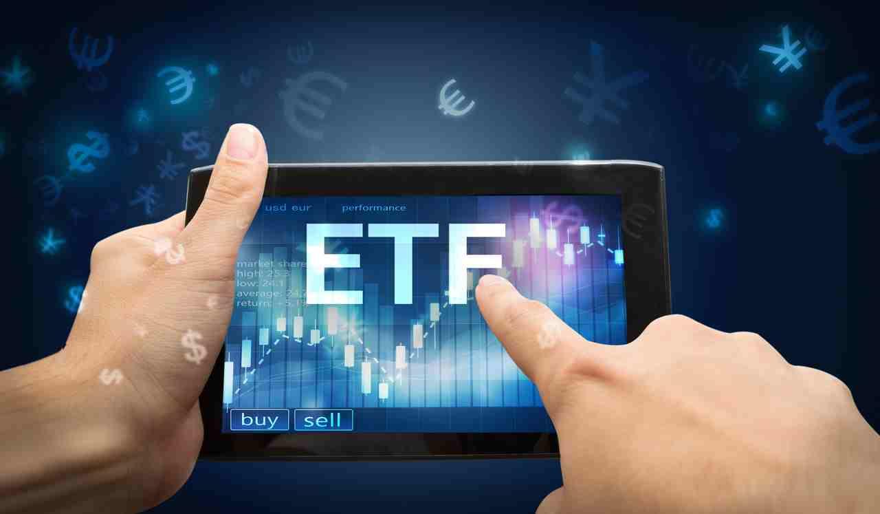 Bildschirm mit der Aufschrift ETF
