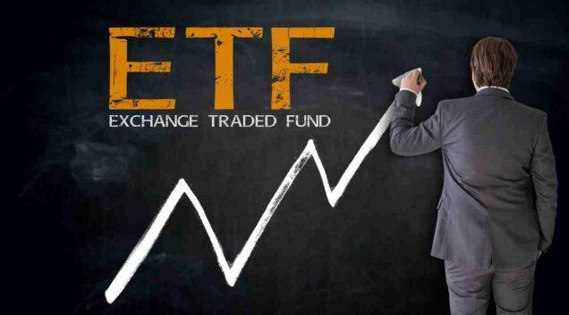 Tafel mit der Aufschrift ETF