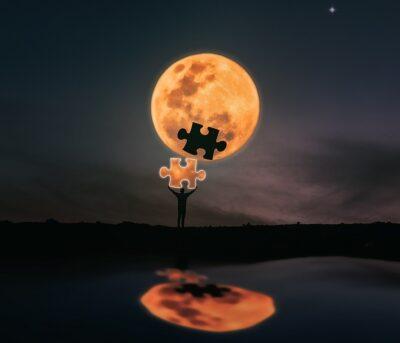 Puzzleteil aus dem Mond