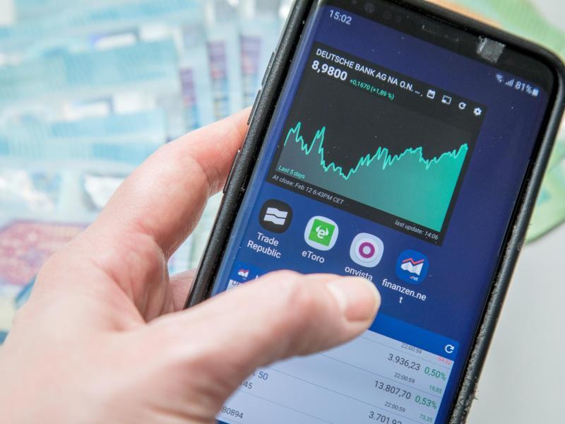 Smartphonedisplay mit Aktienkurs