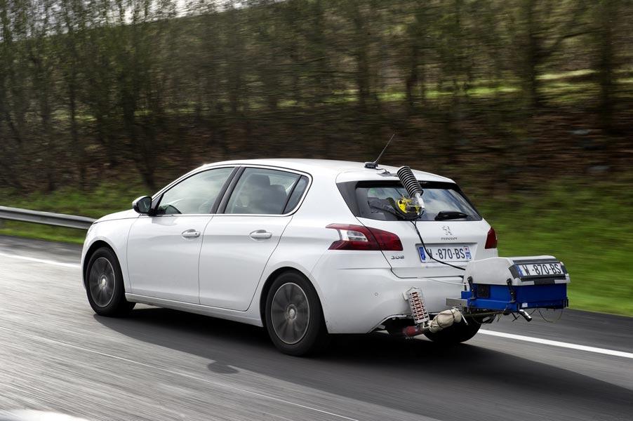 Platz 10: Peugeot
